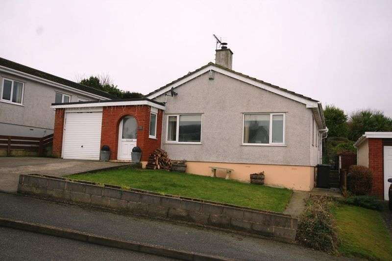 2 Bedrooms Detached Bungalow for sale in Bull Bay, Anglesey