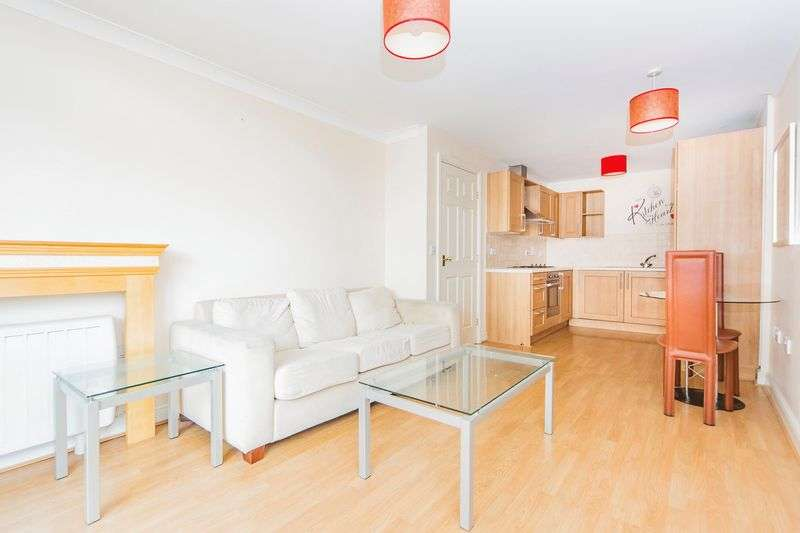 1 Bedroom Flat for sale in Maltings Close, London