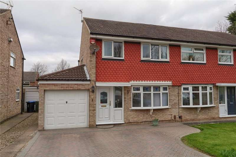 3 Bedrooms Semi Detached House for sale in Bryony Grove, Marton Manor