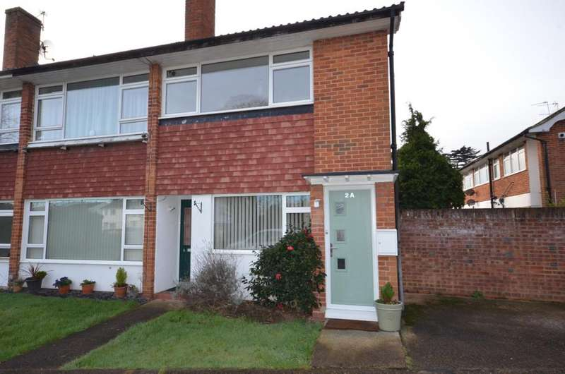 2 Bedrooms Maisonette Flat for sale in Oakington Drive, Sunbury On Thames tw16