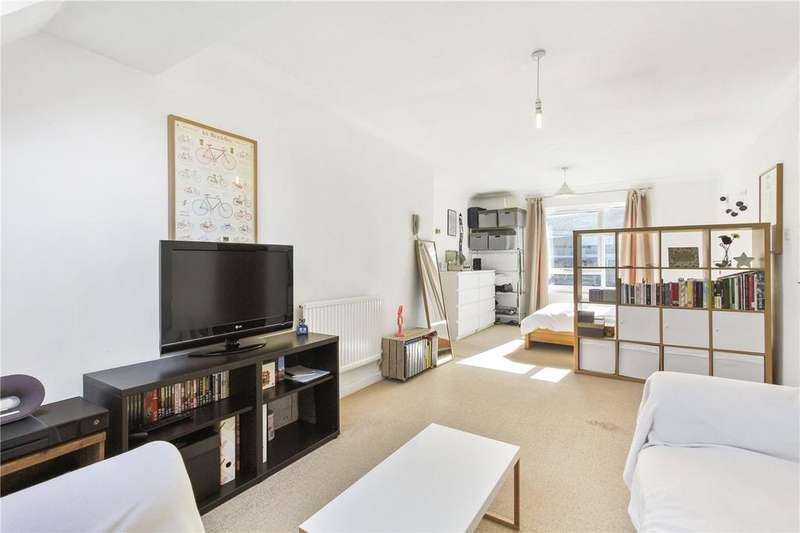 Studio Flat for sale in Abbey Gardens, Fulham, London, W6