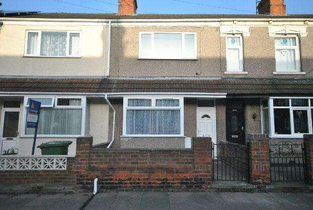 3 Bedrooms Terraced House for sale in Farebrother Street, GRIMSBY