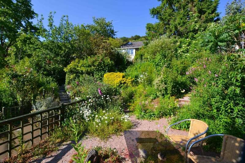 2 Bedrooms Detached Bungalow for sale in Stoke Road, Combeinteignhead