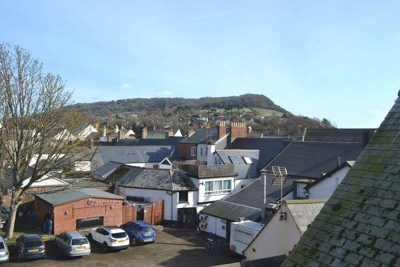2 Bedrooms Flat for sale in Church Street, Sidmouth