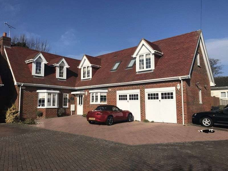 5 Bedrooms Detached House for sale in 53 Heathfield Road, Maidstone