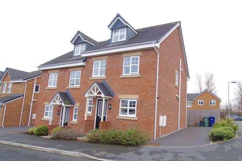 4 Bedrooms Semi Detached House for sale in Hirwaun, Wrexham