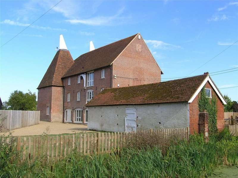 5 Bedrooms Semi Detached House for sale in Moat Farm Oast, Collier Street, Marden, Tonbridge, TN12