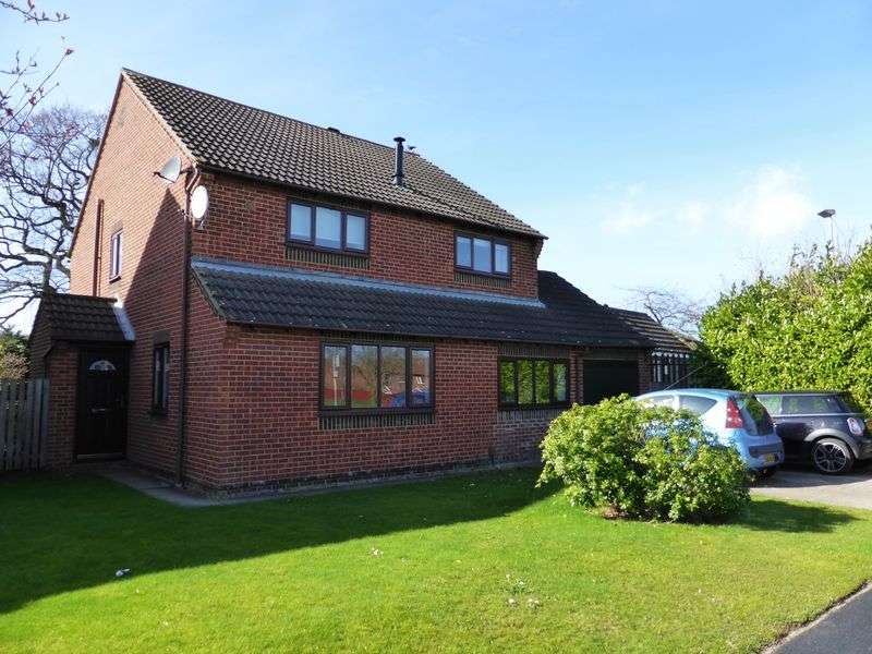 4 Bedrooms Detached House for sale in Atwater Close, Yarm