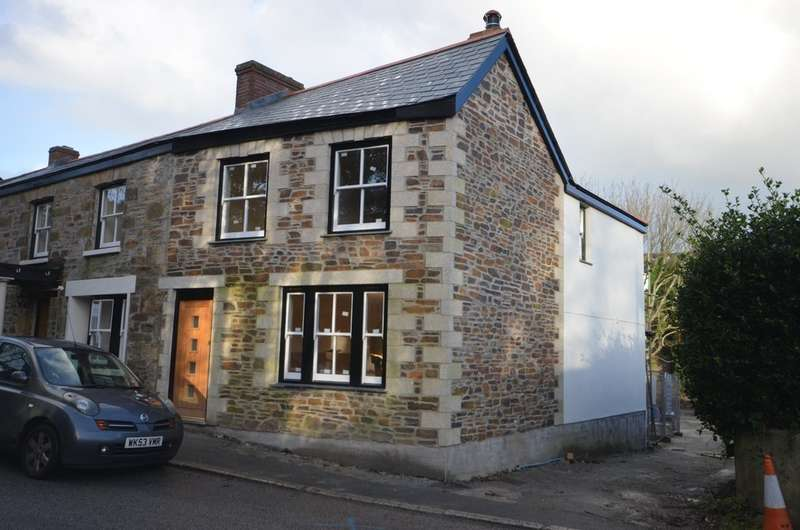 3 Bedrooms End Of Terrace House for sale in High Street, Chacewater