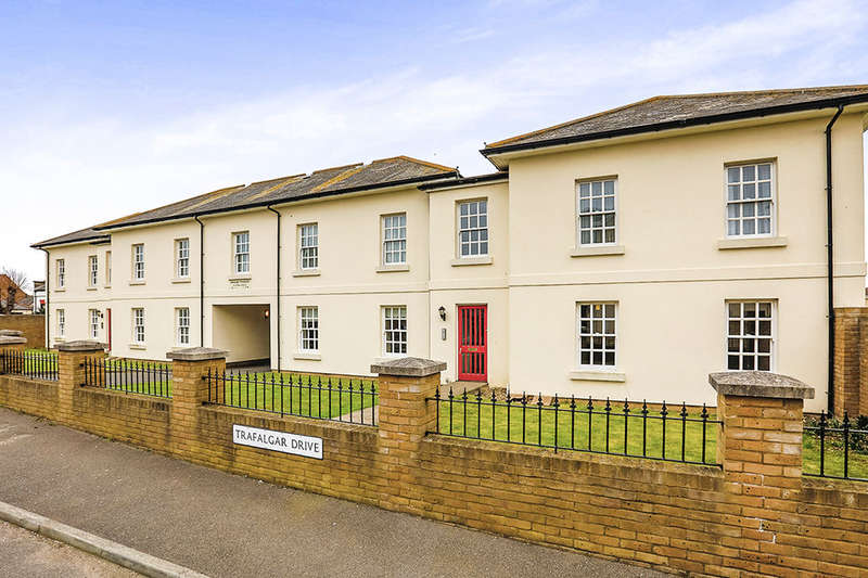 2 Bedrooms Flat for sale in Ardent Avenue, Walmer, Deal, CT14