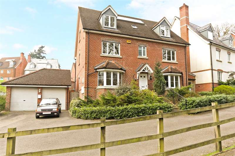 6 Bedrooms Detached House for sale in Meadowlands Drive, Haslemere, Surrey, GU27