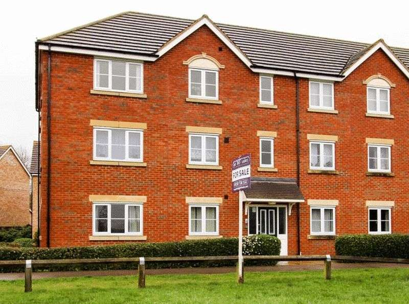 2 Bedrooms Flat for sale in Kingfisher Drive, Soham
