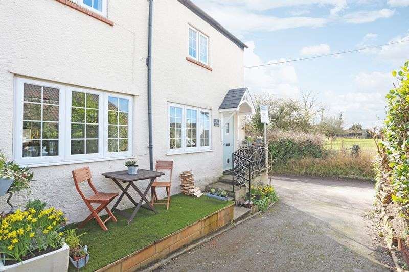 3 Bedrooms Terraced House for sale in Rowde, Devizes, SN10 2QB