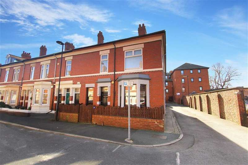 2 Bedrooms Flat for sale in Kielder Terrace, North Shields, Tyne And Wear