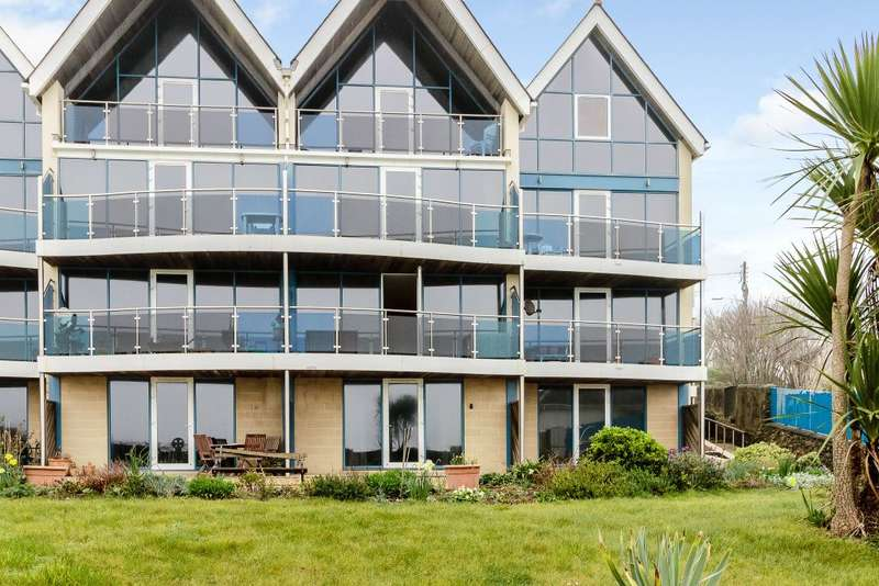 2 Bedrooms Flat for sale in Celtic Shores,Downderry,Cornwall PL11 3NT