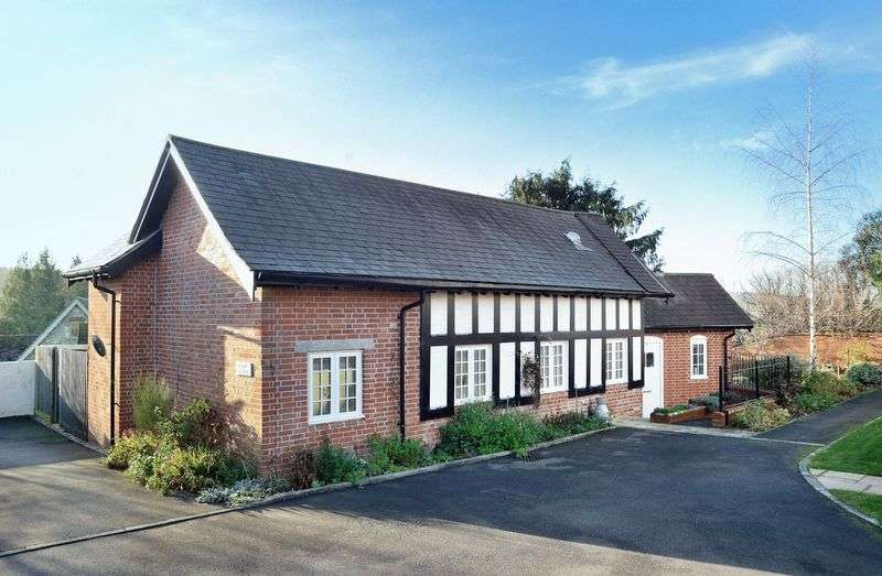 3 Bedrooms Cottage House for sale in Dairy Cottage, Home Farm, Irwerne Minster