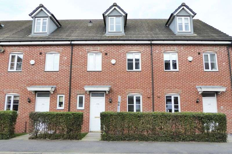 4 Bedrooms Terraced House for sale in Waterfields, Retford