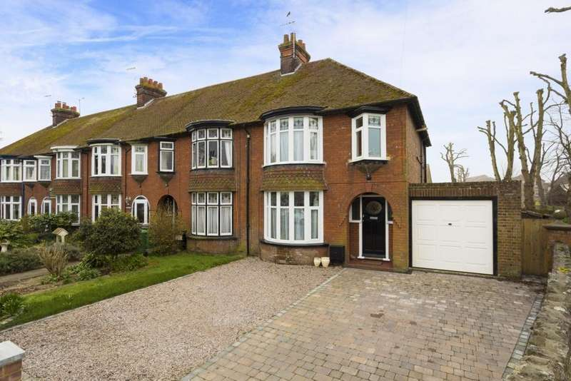 3 Bedrooms End Of Terrace House for sale in Dymchurch Road, Hythe, CT21