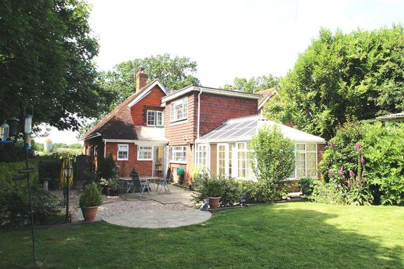 3 Bedrooms Semi Detached House for sale in Chiddingly, Lewes