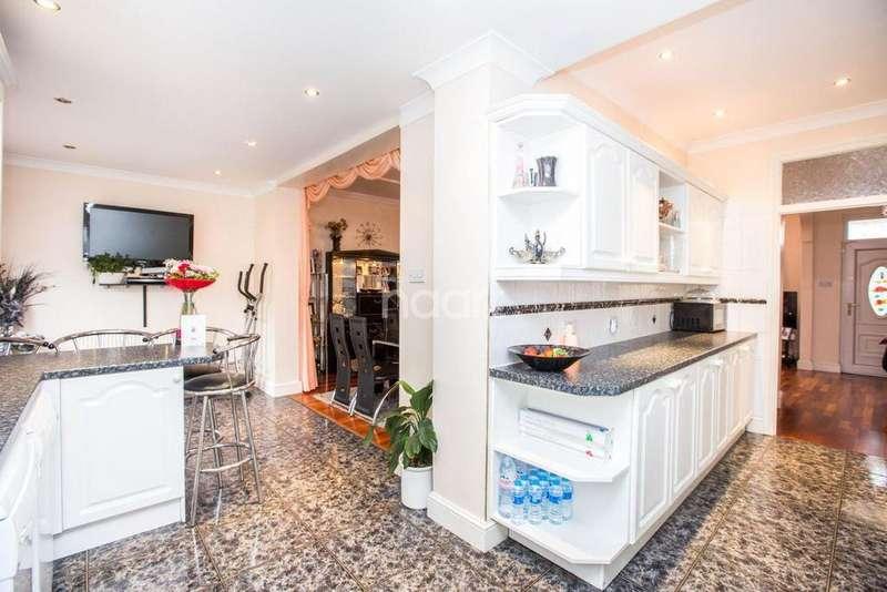 3 Bedrooms Terraced House for sale in Callard Avenue, Palmers Green, N13