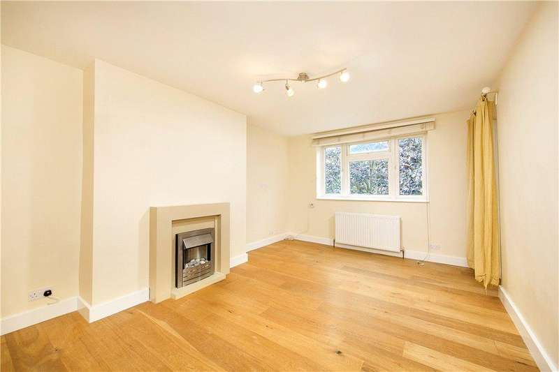 2 Bedrooms Flat for sale in Brick Farm Close, Kew, Surrey, TW9