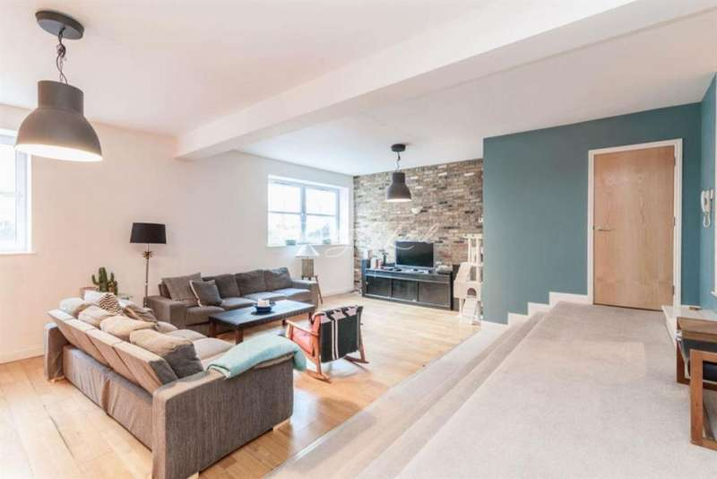 4 Bedrooms Flat for sale in Beatty Road