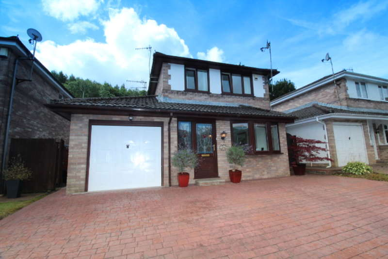 4 Bedrooms Detached House for sale in Tan Y Fron, Cwmparc, Treorchy