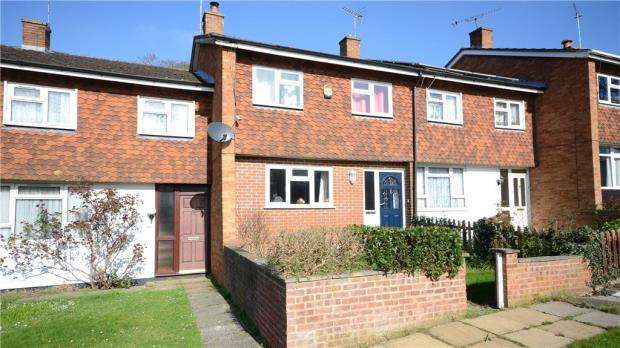 3 Bedrooms Terraced House for sale in Grove Hill, Emmer Green, Reading