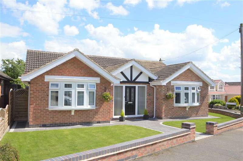3 Bedrooms Detached Bungalow for sale in Sedgley Road, Tollerton, Nottingham