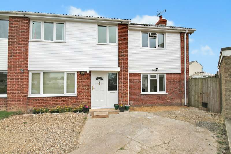 4 Bedrooms Semi Detached House for sale in Wellington Close, West Row, IP28 8PJ
