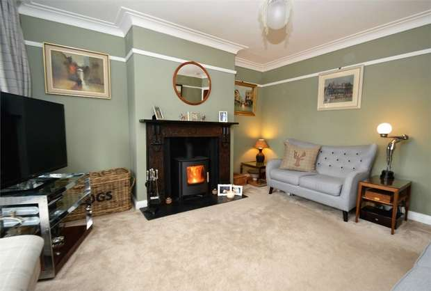 3 Bedrooms Semi Detached House for sale in Sandy Close, Bollington, Macclesfield, Cheshire