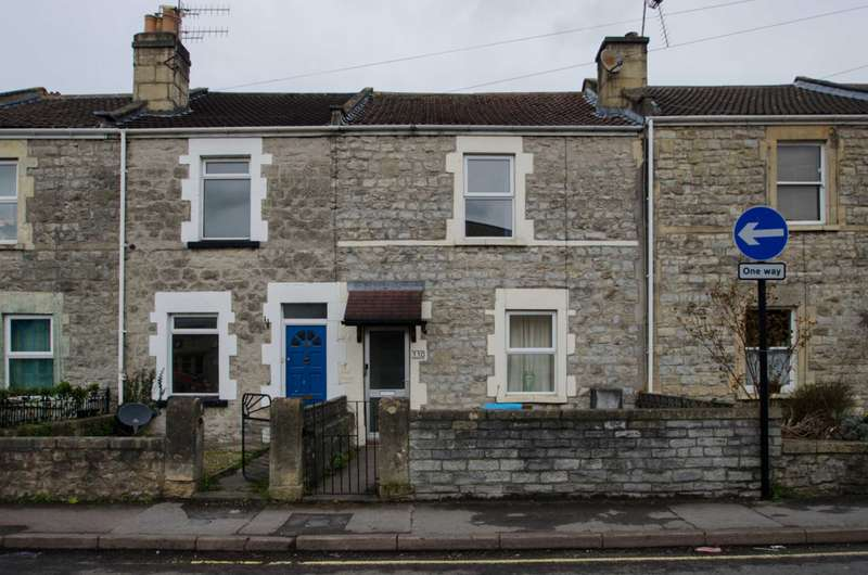 2 Bedrooms Terraced House for sale in Locksbrook Road, Bath