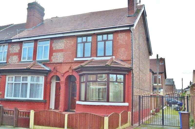 3 Bedrooms Terraced House for sale in Elleray Road, Salford