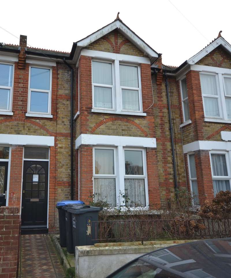 2 Bedrooms Terraced House for sale in Southwood Road, Ramsgate, Kent, CT11 0AJ