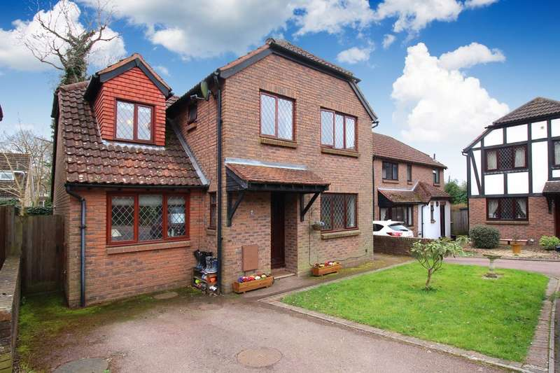 4 Bedrooms Detached House for sale in The Willows, Pondtail Close