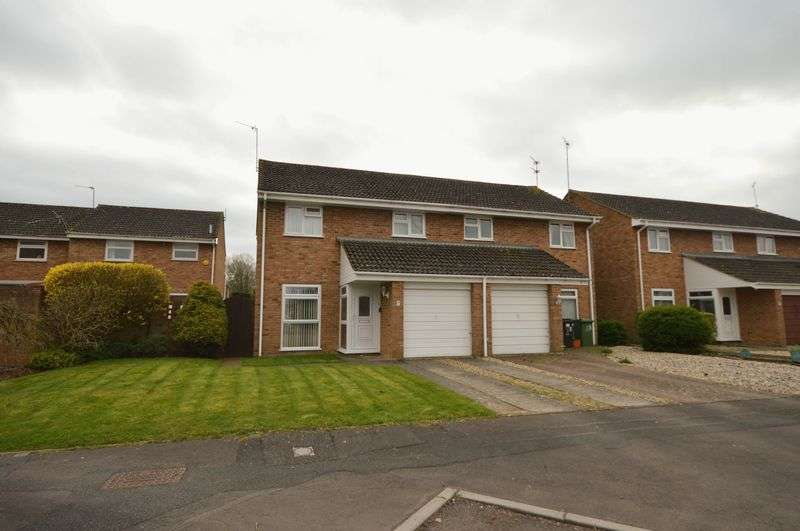 3 Bedrooms Semi Detached House for sale in Liden, Swindon
