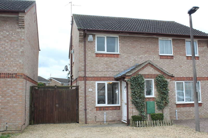 2 Bedrooms Semi Detached House for sale in Caldbeck Close, Gunthorpe, Peterborough PE4 7NE
