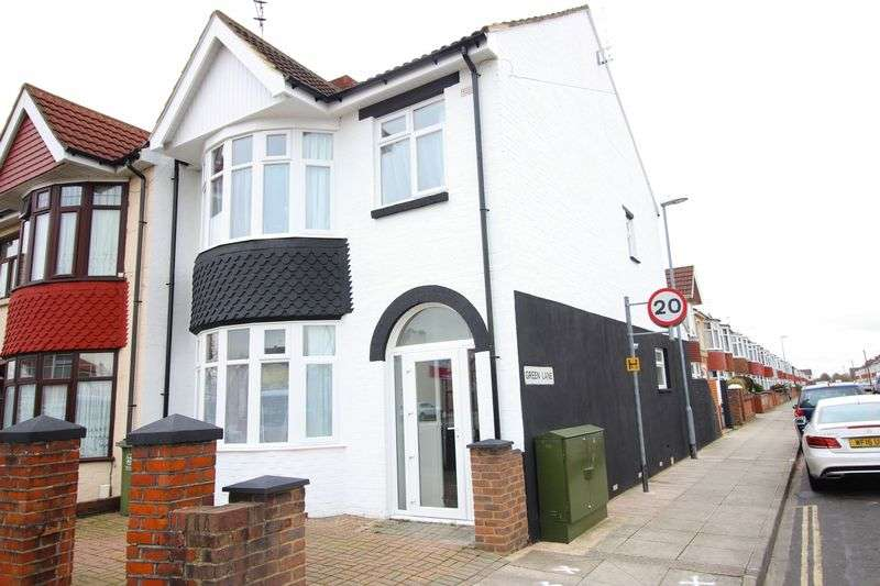 5 Bedrooms Semi Detached House for sale in Copnor Road, Portsmouth, PO3 5EW