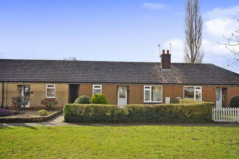 2 Bedrooms Bungalow for sale in Olivia Road, Brampton