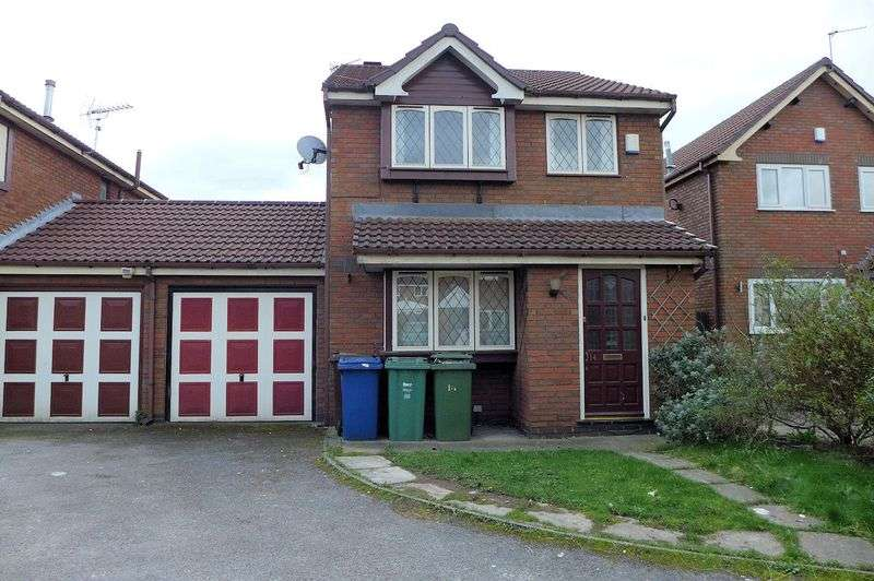 3 Bedrooms Detached House for sale in Regal Close, Whitefield