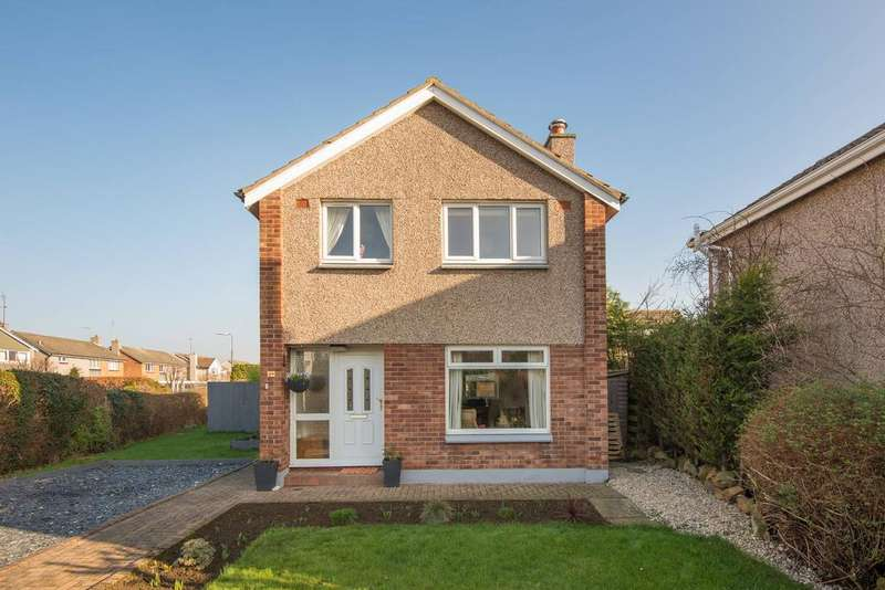 3 Bedrooms Detached House for sale in 19 Douglas Road, Longniddry, EH32 0LQ