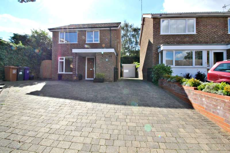 3 Bedrooms Detached House for sale in Conquest Close, Hitchin, SG4