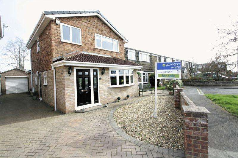 3 Bedrooms Detached House for sale in Ravensworth Grove, Hartburn, Stockton, TS18 5PP