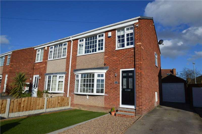 3 Bedrooms Semi Detached House for sale in Newton Close, Wakefield, West Yorkshire