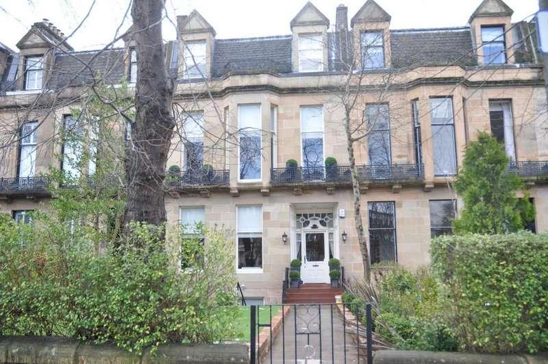 2 Bedrooms Flat for rent in Beaconsfield Road, Basement Flat , Kelvinside, Glasgow, G12 0PJ
