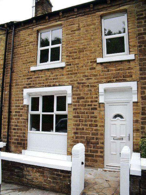 4 Bedrooms Terraced House for sale in Manchester Road, Huddersfield