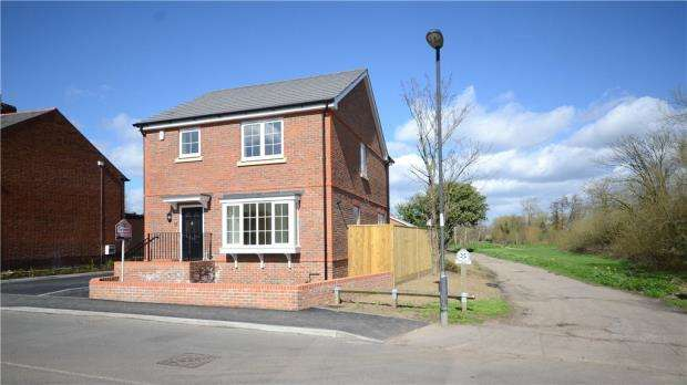 3 Bedrooms Detached House for sale in Ray Mill Road West, Maidenhead, Berkshire
