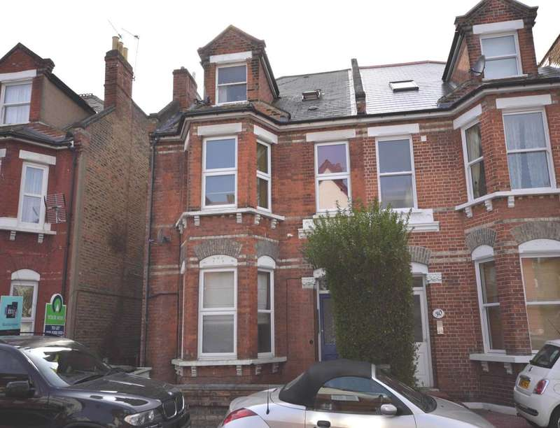 Flat for sale in King Charles Road, Surbiton, KT5