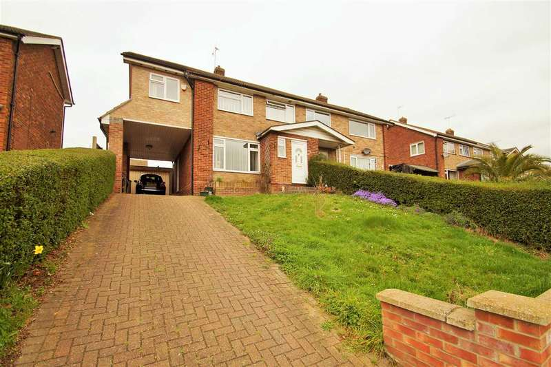 4 Bedrooms Semi Detached House for sale in Booth Avenue, Colchester