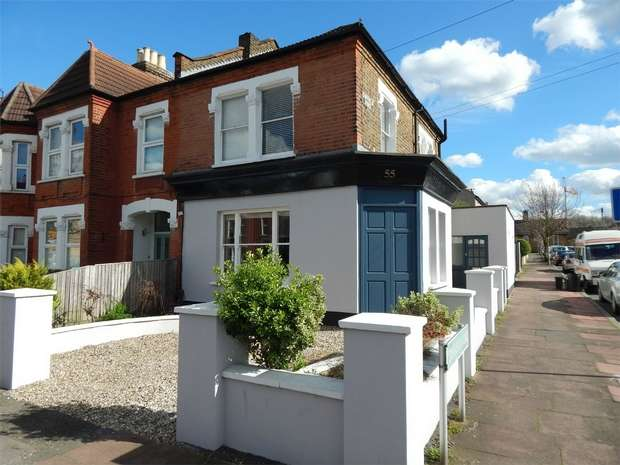 2 Bedrooms Flat for sale in Marlow Road, Anerley, London